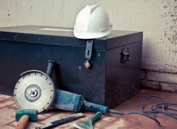 Najlepszy moment na remont mieszkania – jaką porę roku wybrać?